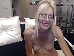 Amateur, Granny, Masturbation, Saggy Tits