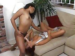 Lesbian, Strapon