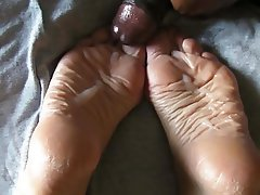 Amateur, Cumshot, Foot Fetish, Masturbation